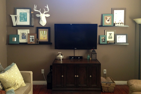 decorate-around-a-television-shelving